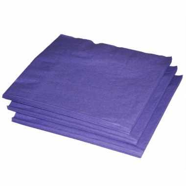 Paarse papieren zakdoeken
