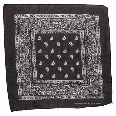 Zwarte zakdoek